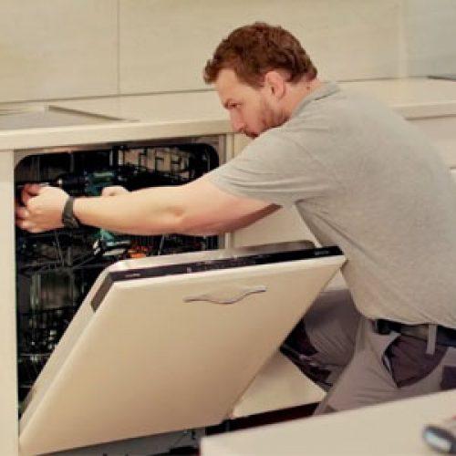 Kiểm tra kích thước của máy rửa bát