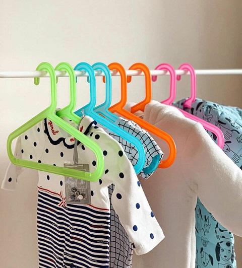 Móc treo quần áo trẻ em