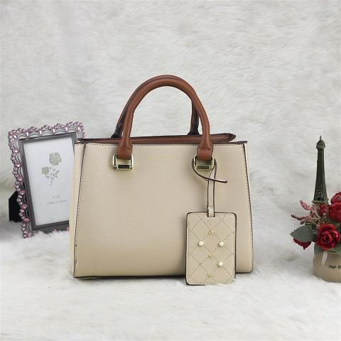 Túi xách tặng mẹ