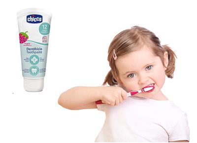 Kem đánh răng cho bé chicco
