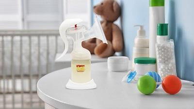 máy hút sữa bằng tay 4