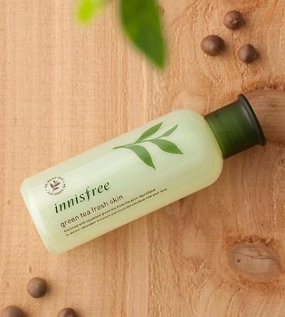 Nước hoa hồng Innisfree Green Tea Fresh Skin