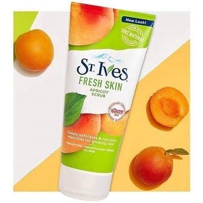 Sữa rửa mặt St.Ives Fresh Skin Apricot Scrub
