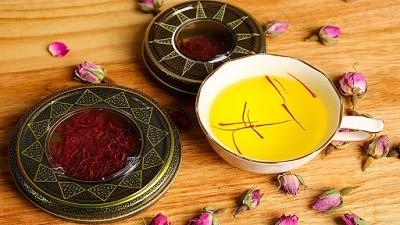 cách dùng nhụy hoa nghệ tây 3