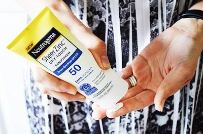 kem chống nắng neutrogena 10