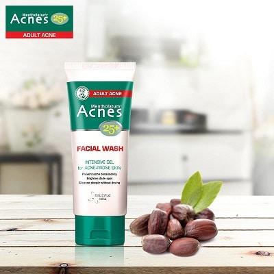 Sữa rửa mặt Acnes 4