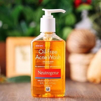 sữa rửa mặt cho da dầu neutrogena oil free