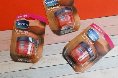 dưỡng môi Vaseline