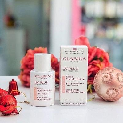 kem-chong-nang-clarins-3