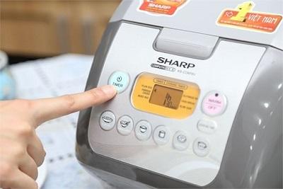 noi-com-dien-sharp-8